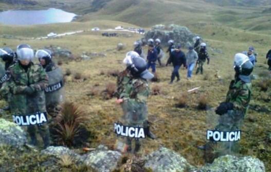 lagunas_conga_policias