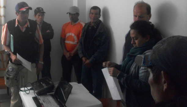 Autoridades del CP de Yagén entregan documento de rechazo a la represa Chadín 2 que Odebrecht pretende construir en el Río Marañón